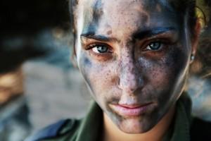 18-літній боєць ізраїльської армії після тренування