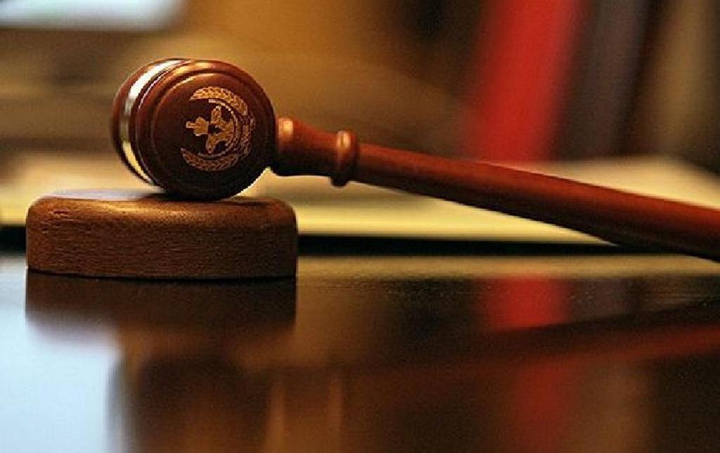 Одіозного прокурора таки звільнили