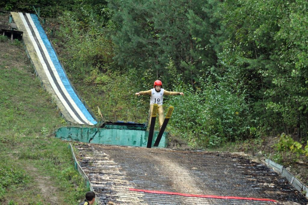 Чудово восени на лижах політати