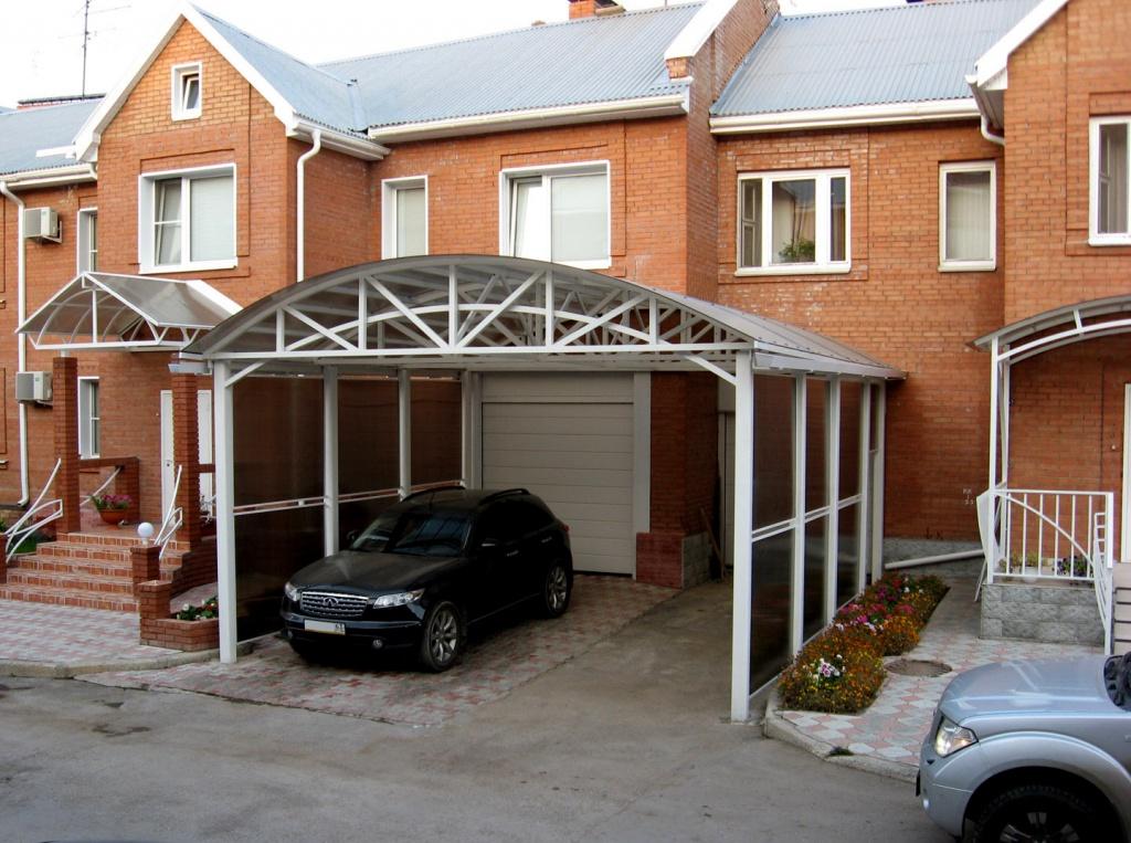 Паркуєте автомобіль у дворі будинку – подбайте про його безпеку