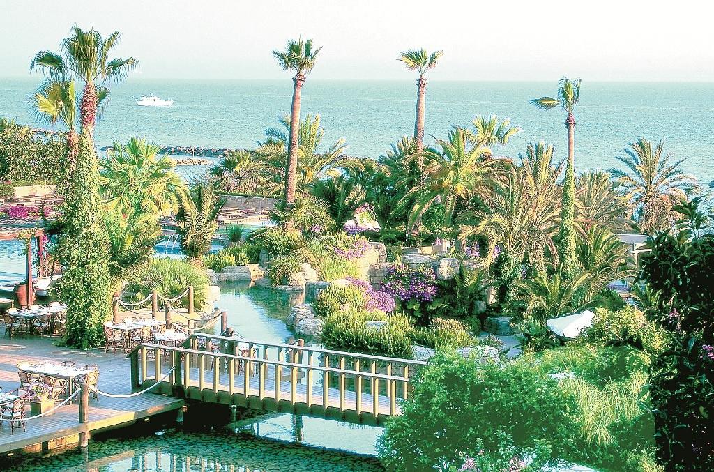 Кіпр — країна для туристів і бізнесу