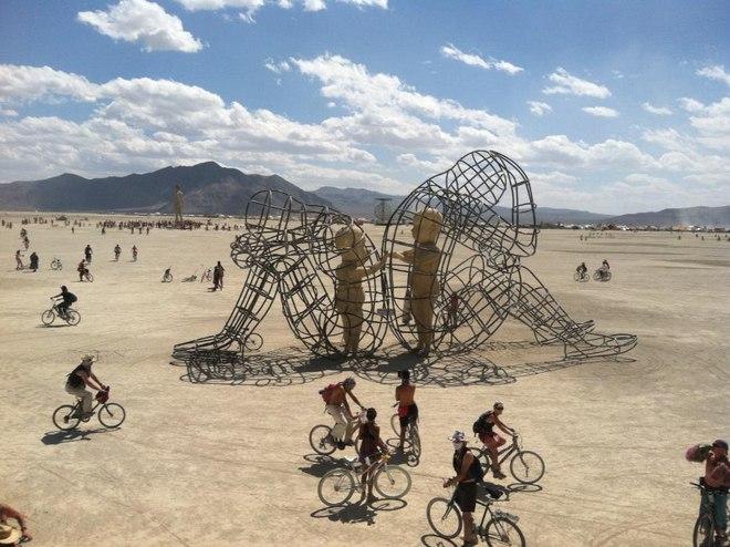 Міжнародний фестиваль «Burning Man» у США : не обійшлось і без України