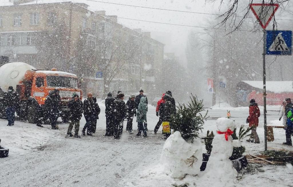 У Києві активісти третій тиждень блокують забудову національного парку