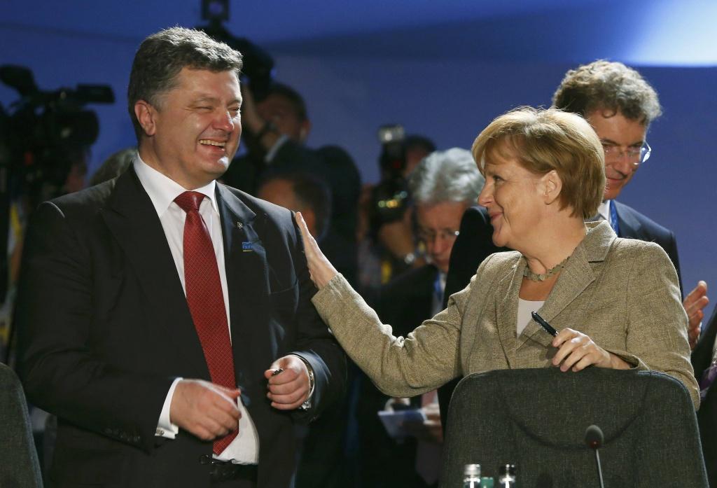 Україна розраховує на незмінну підтримку Німеччини у питаннях протидії російській агресії та зближення з ЄС, – Порошенко