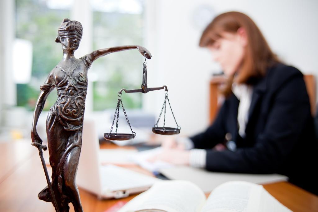 У Тернополі надають безкоштовну правову допомогу для мешканців області
