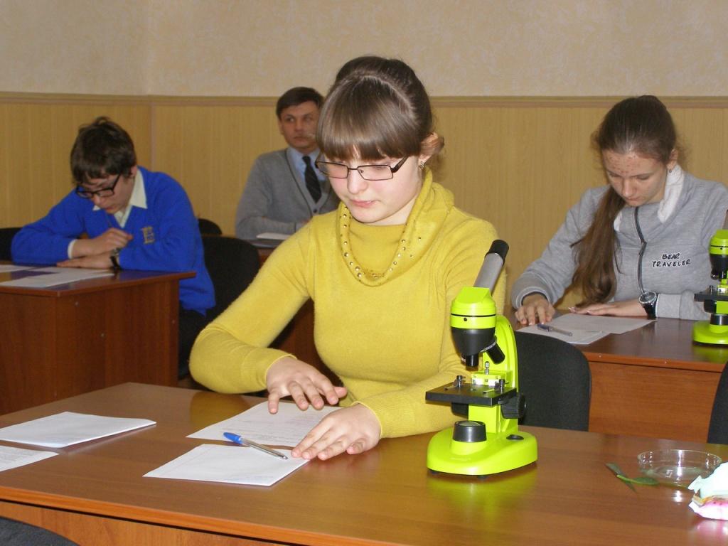Четверо учнів Тернопілля поїдуть на Всеукраїнську учнівську олімпіаду з біології