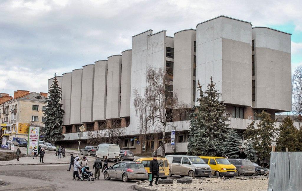 Чотири виставки, приурочені Лесі Українці, відкрили в музеї