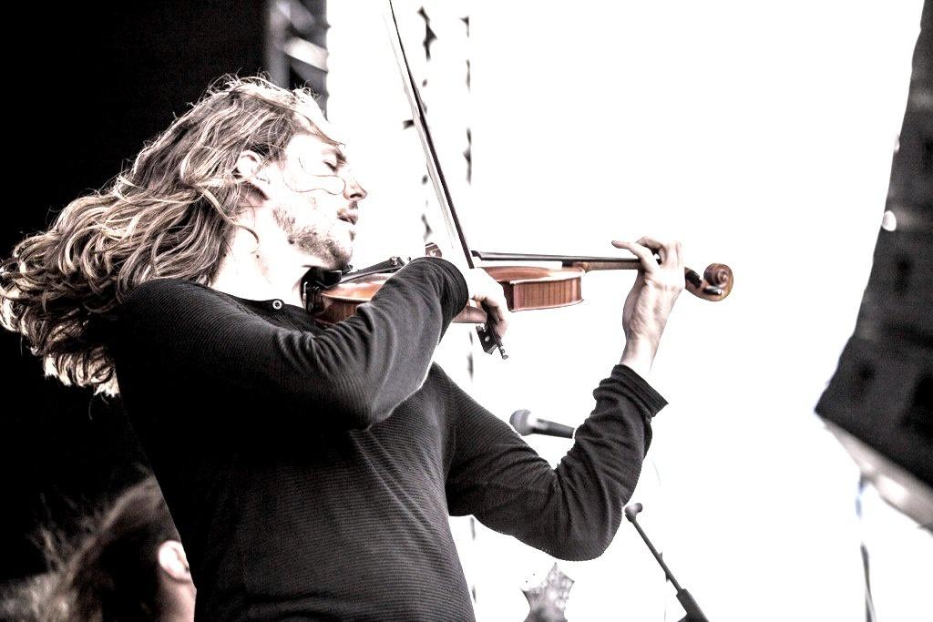 Скрипка виймає душу