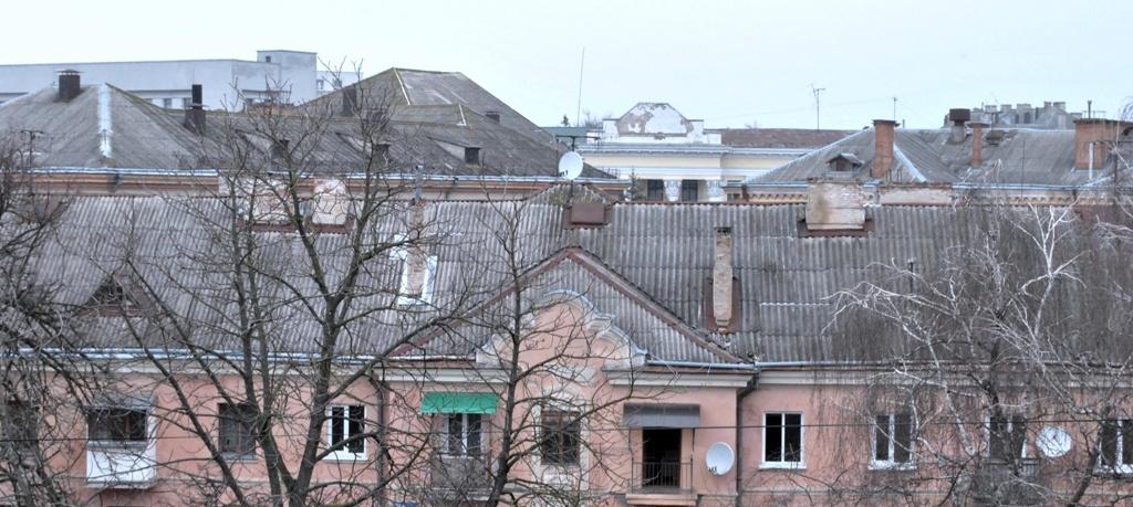 Які будинки в Тернополі дочекаються ремонту дахів?