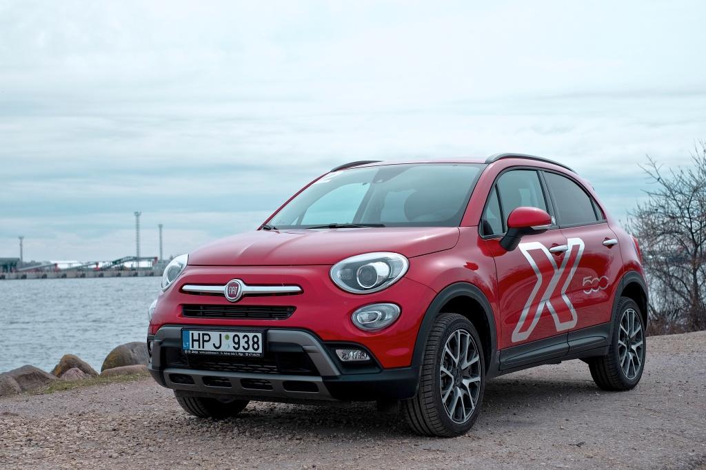 """Fiat готується випустити """"заряджену"""" версію кросовера 500X"""