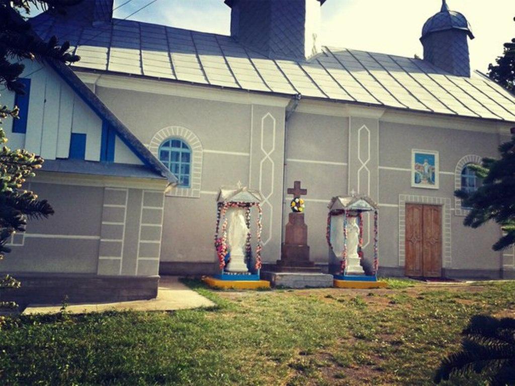 Нове життя старого храму