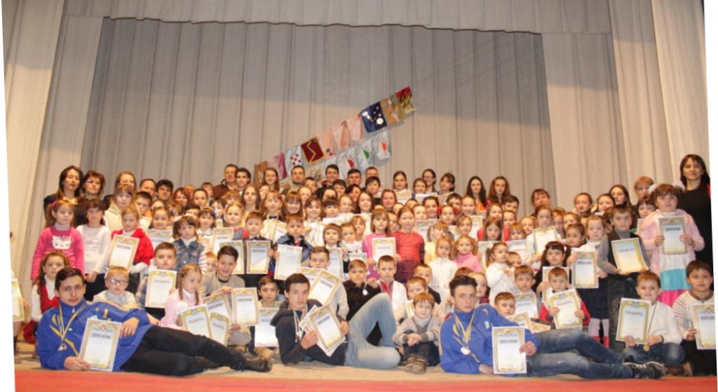 У Почаєві відбулися змагання між гуртівцями будинку творчості