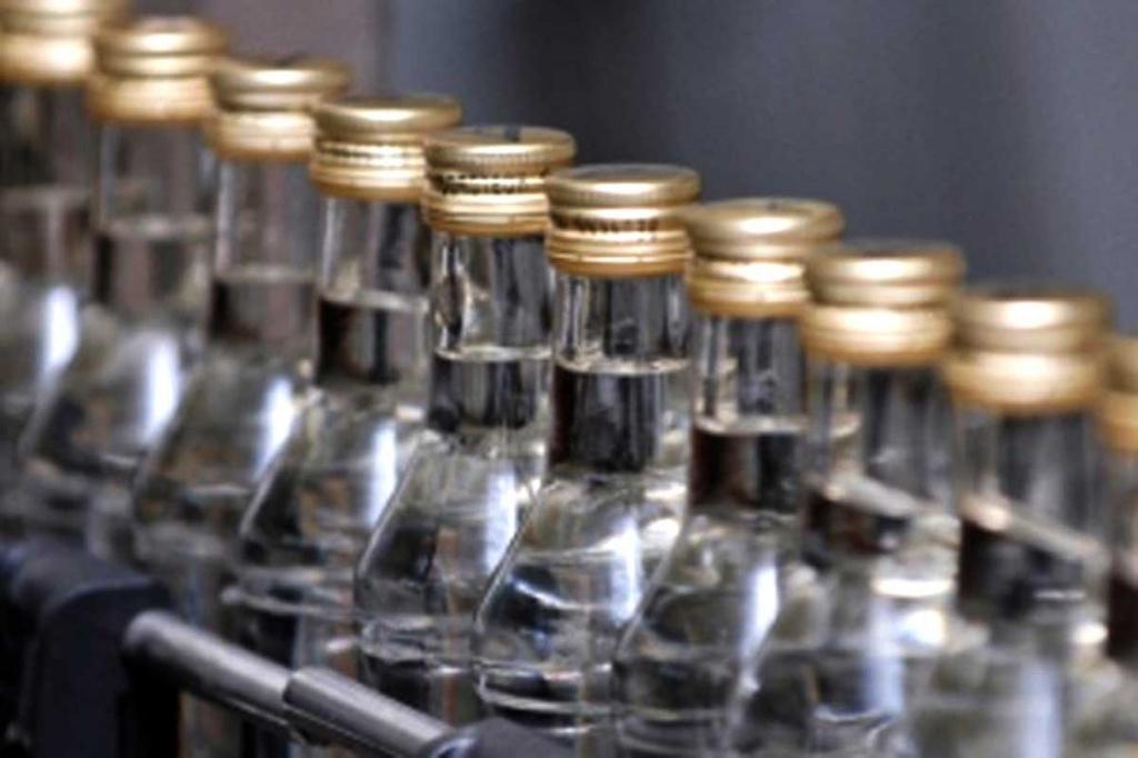 Ціни на горілку в Україні за місяць підняли на 19%