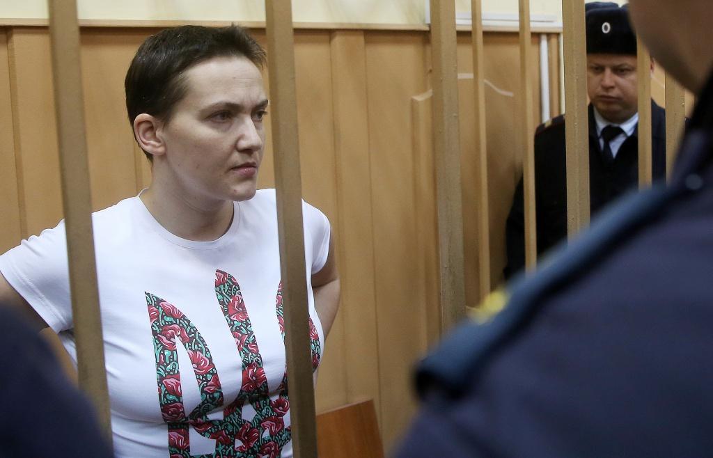 Порошенко створює штаб з порятунку Савченко