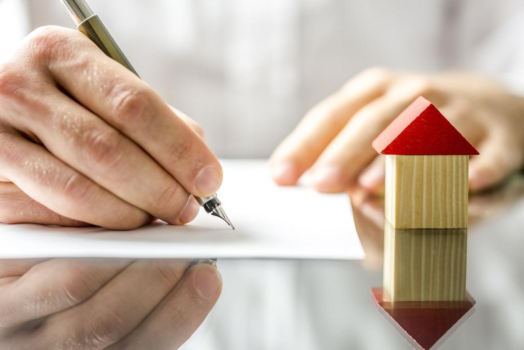 Субсидії: коли зареєстрованих у будинку семеро, а проживають троє