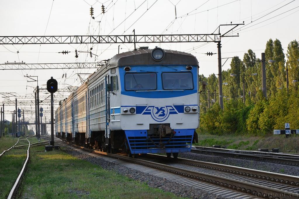 На Тернопільщині під колесами потяга загинула жінка