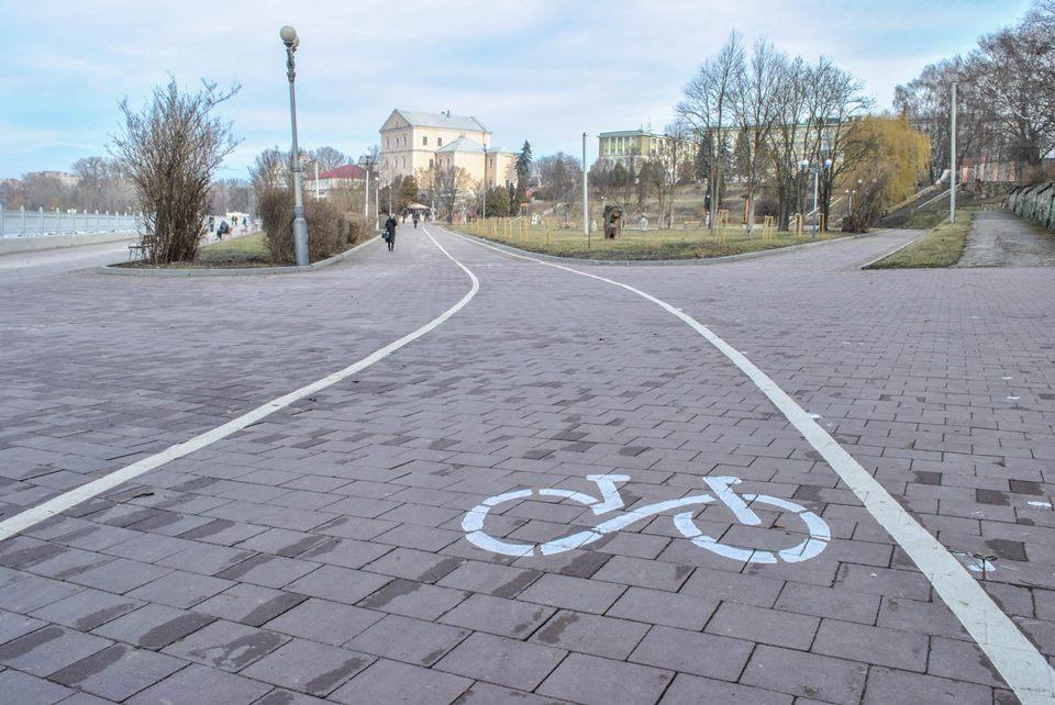 У Тернополі облаштовуватимуть велопарковки