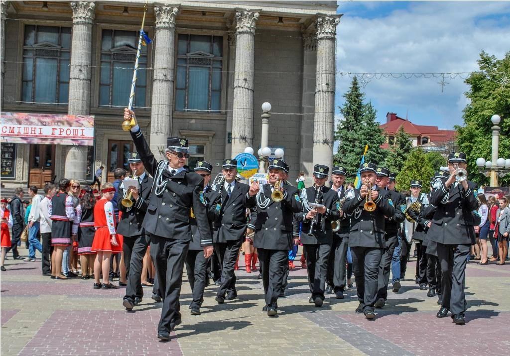 У Тернополі розпочали святкування 30-річчя Співочого поля