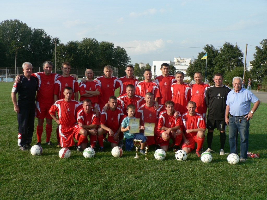 Ветерани «Креатур-Буду» — у півфіналі чемпіонату