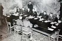 Signature_de_la_reddition_le_7_mai_1945