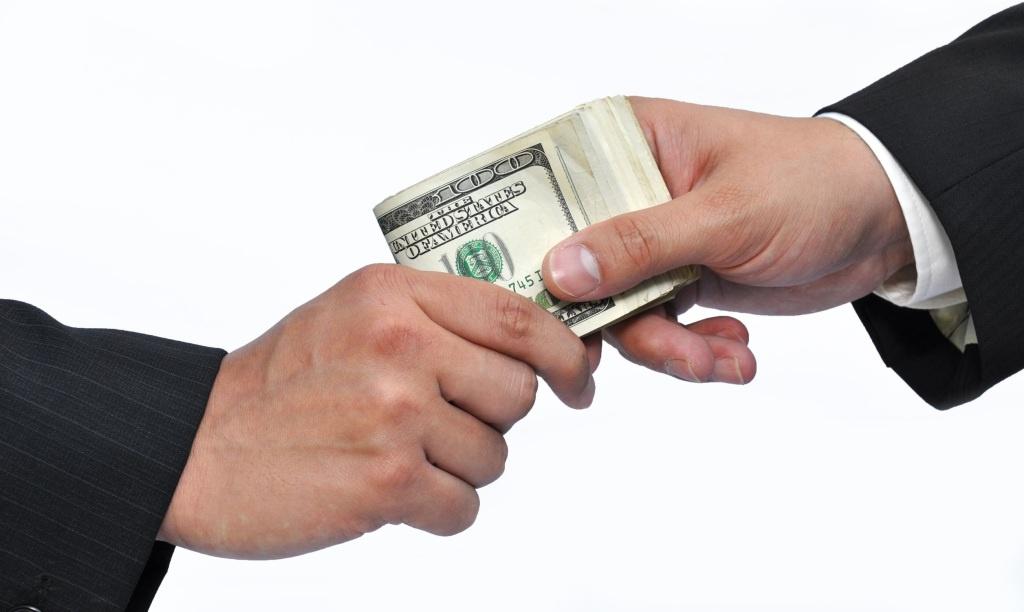 Смішна боротьба з корупцією