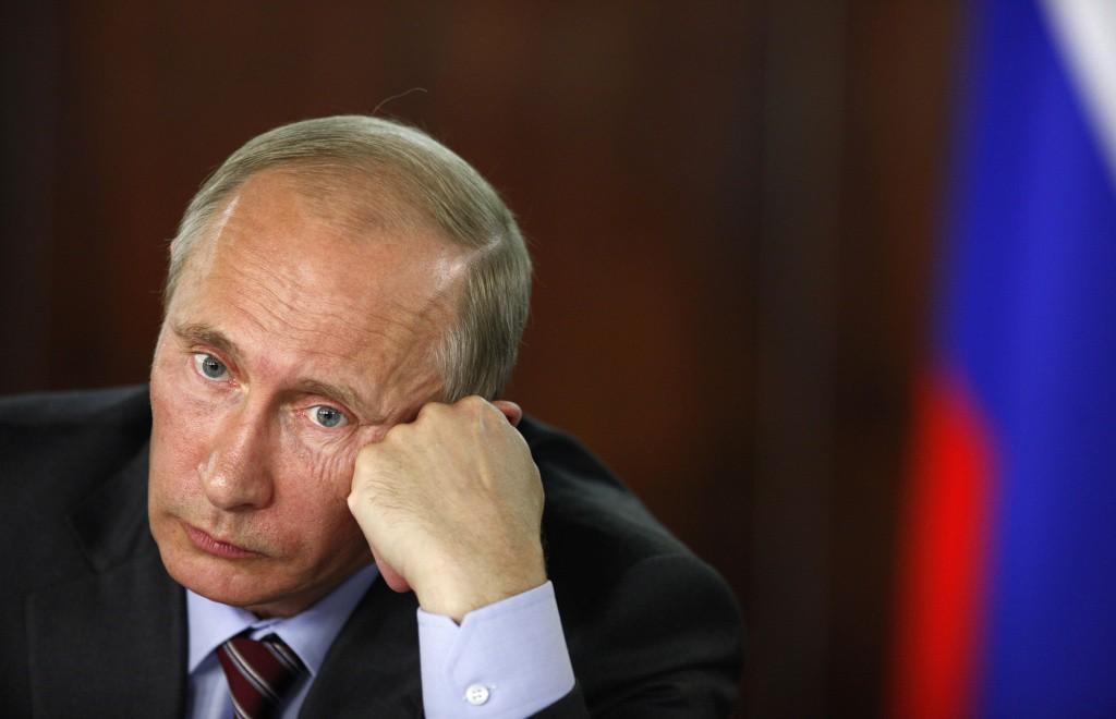 56eafbd4b70e5_Putin-grustit(12)