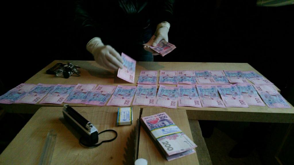 На Тернопільщині СБУ викрито хабарника – працівника виправної колонії