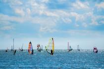 307_windsurfing-na-kikladax-5