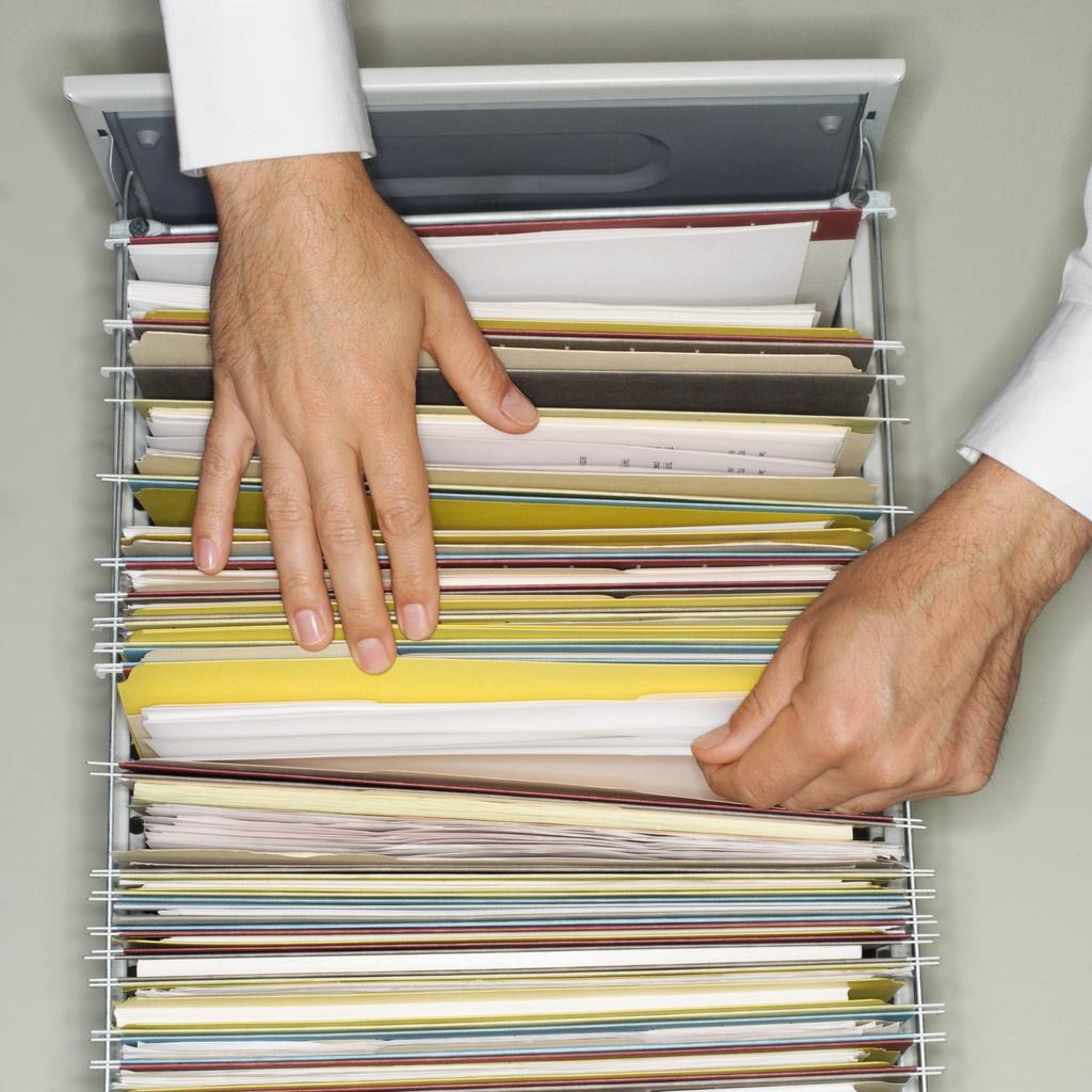 Без документів не дозволяється