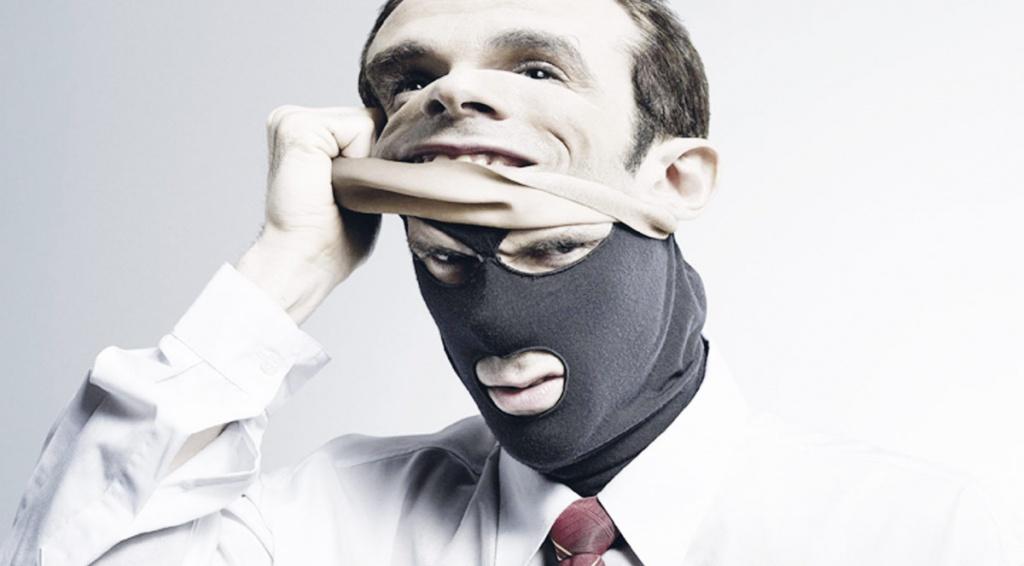 Бійтеся аферистів, які телефонують від імені податкової