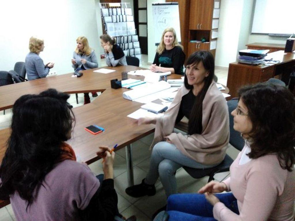 Безробітних жінок навчали, як вести співбесіду з роботодавцем