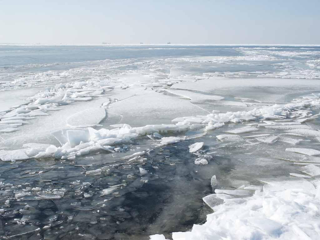 Обережно — крихкий лід!