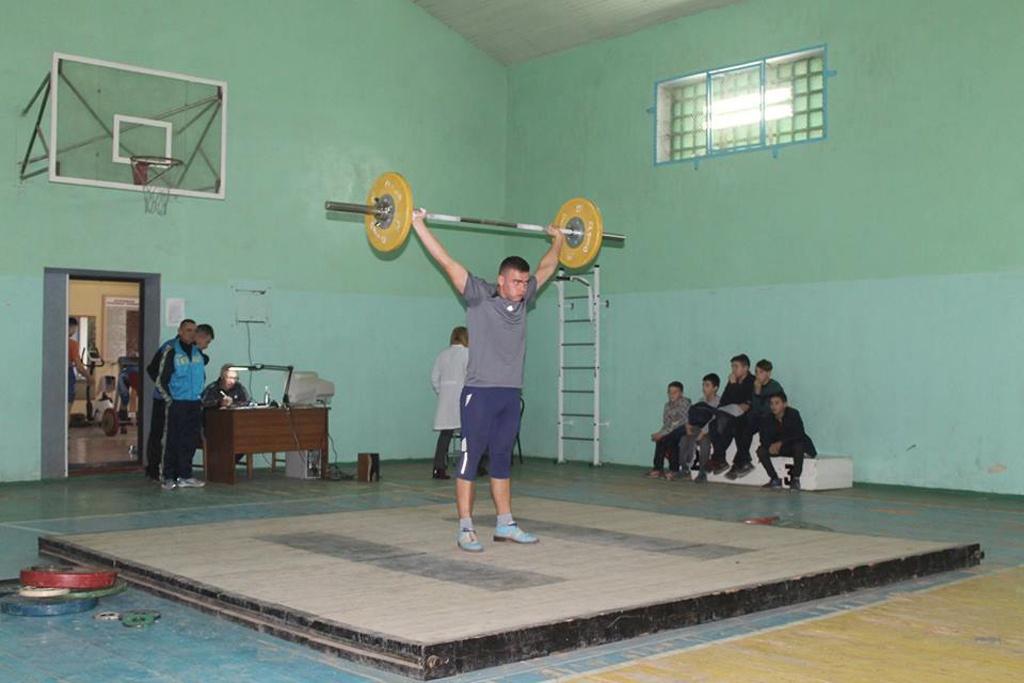Обласний чемпіонат разом із першістю школи