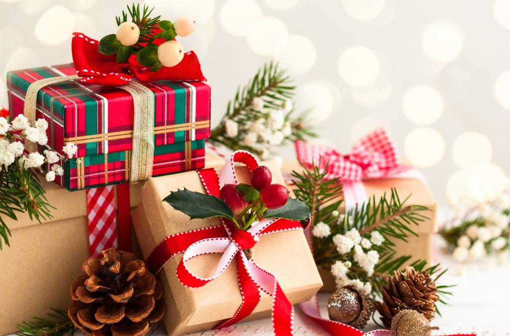 На чверть мінімальної подарунки від Миколая не оподатковуються