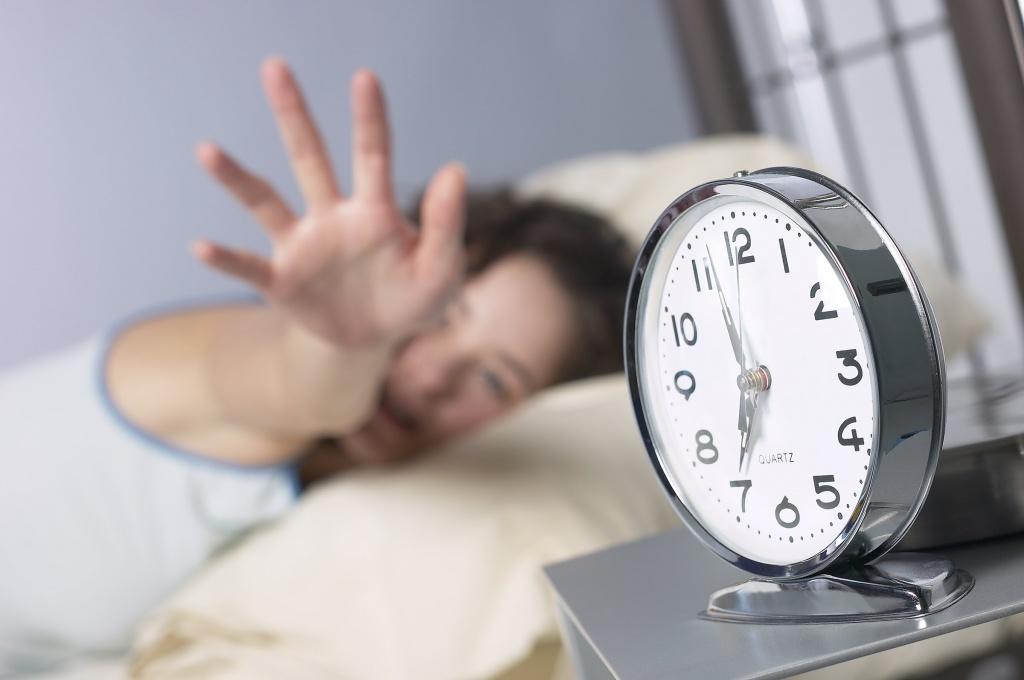Час уперед, а потім — назад. Із 24 на 25 березня Україна знову переведе стрілки годинника, щоб перейти на літній час