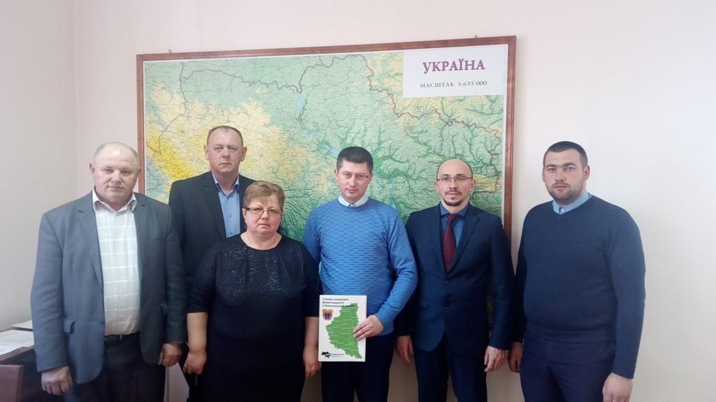Перші чотири ОТГ Тернопільщини отримали землю у власність
