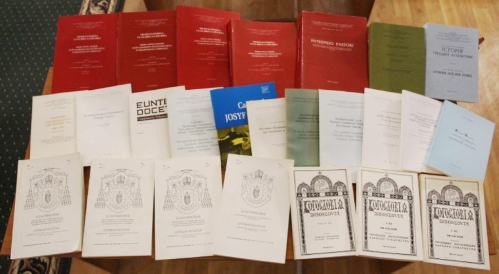 Тернопільська наукова бібліотека отримала книжки з Риму