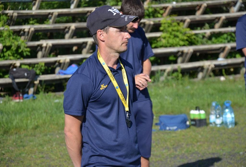 Перша за місяць перемога… і новий головний тренер