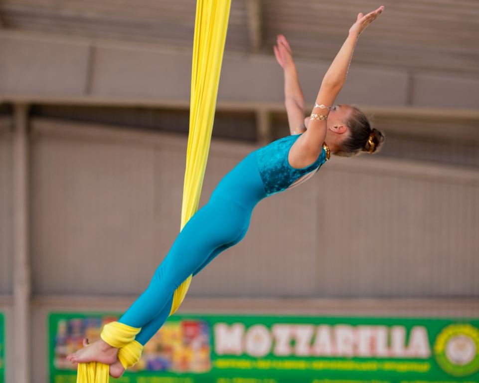 Тернопільські циркові гімнасти привезли нагороди з міжнародних змагань