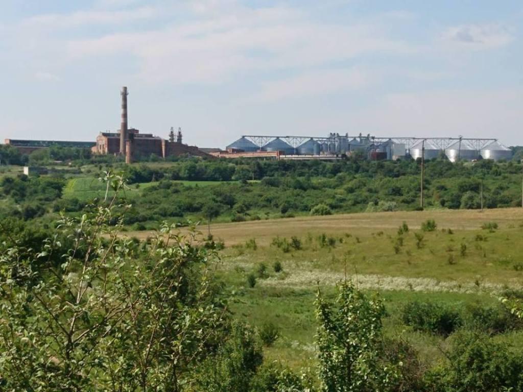 На Тернопільщині від орендаря за борги забрали землю