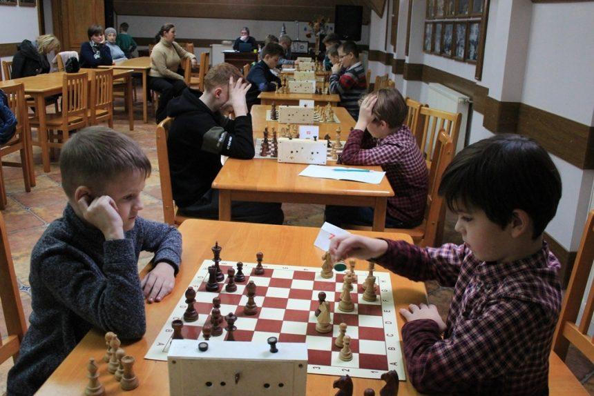 Час літніх кубків із шахів