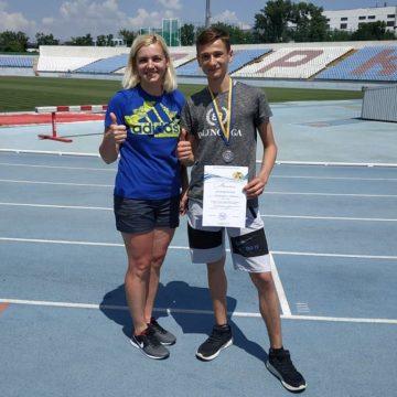 Перша медаль юнацьких чемпіонатів України