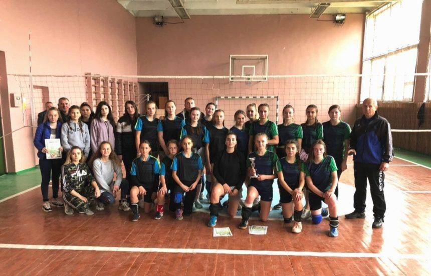 Лауреатів спортивних ігор школярів визначили волейболістки