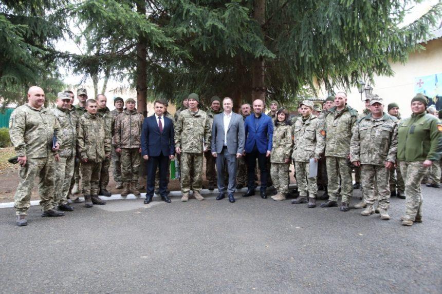 Міський голова привітав та нагородив тернопільських артилеристів з нагоди професійного свята