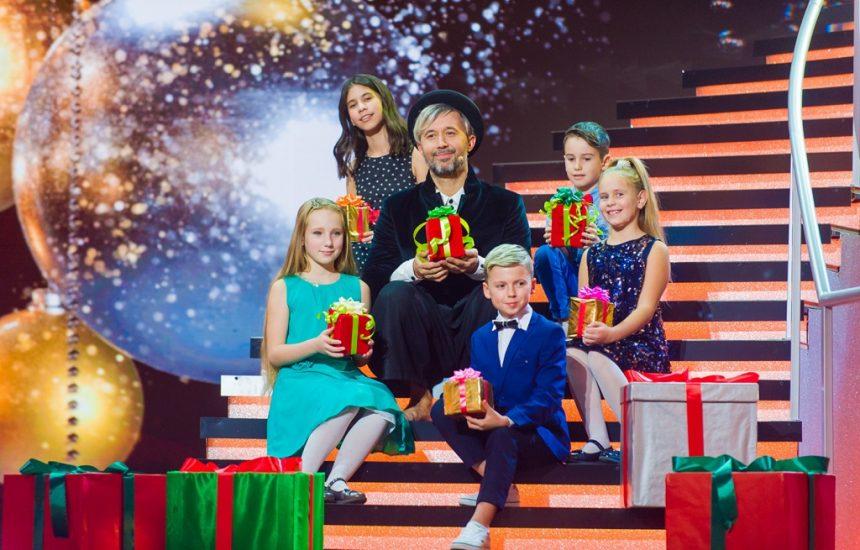 Канал «Україна» подарує українцям грандіозне новорічне шоу «Привіт, 20-ті!»