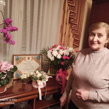Святійший Франциск поблагословив мешканку Семаківців на Чортківщині з нагоди її 75-річчя
