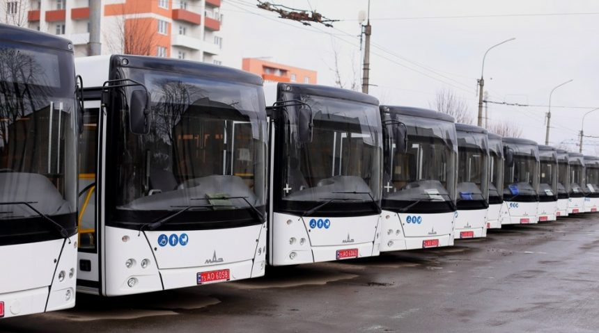 До Тернополя прибуло 20 нових низькопідлогових автобусів