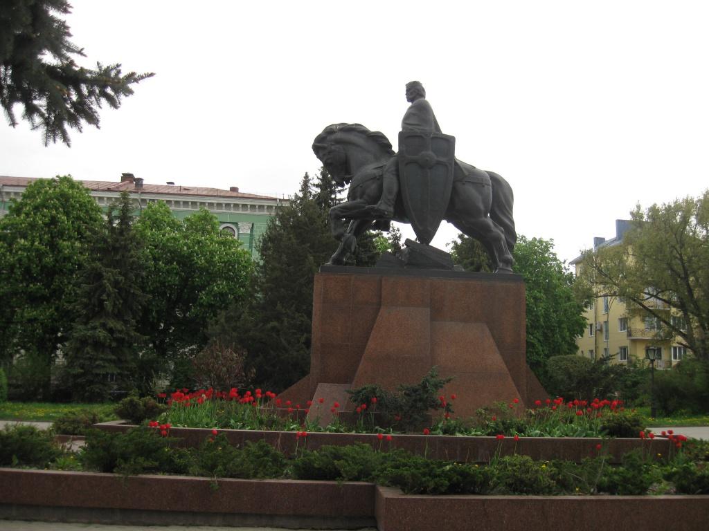 Повертаючись до постаті короля України-Руси