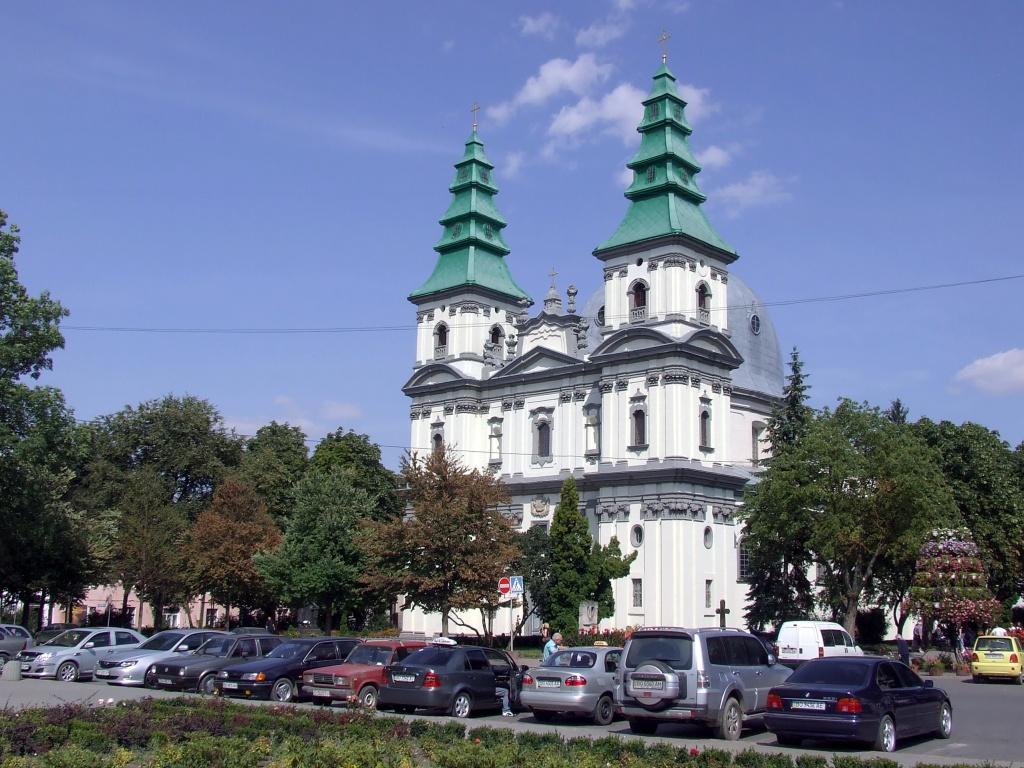 Де у Тернополі відновлять обіти хрещення?