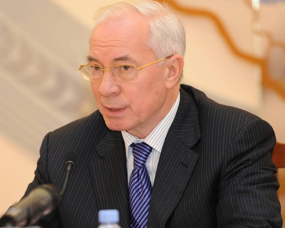 Азаров вимагає від ЄС скасування санкцій
